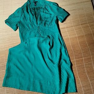 Banana Republic Green Silk Retro Dress. 10